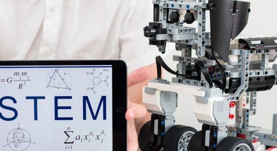 """Webinar: come utilizzare il finanziamento previsto dal bando """"In estate si imparano le STEM""""?"""