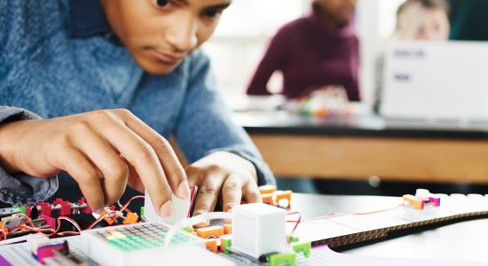 Introdurre il coding con littleBits Code kit