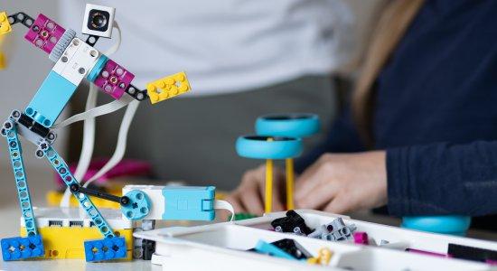 Coding a distanza e attività STEAM in digitale con LEGO Education