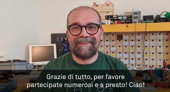 Massimo Banzi annuncia la sperimentazione sul nuovo Arduino Student Kit per i docenti italiano
