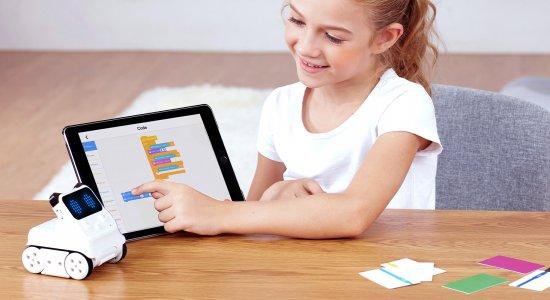 Codey Rocky: attività educative per capire il digitale