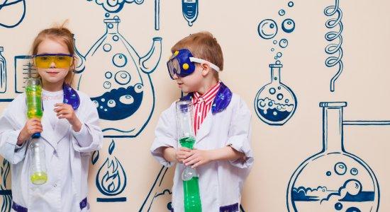 Spazi e strumenti digitali per le STEM